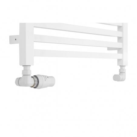 Płaski grzejnik dekoracyjny łazienkowy Essence o szerokości 50cm z podłączeniem dolnym o rozstawie 470mm wraz z zamontowanym zestawem termostatycznym Vario Term Vision o figurze osiowo-lewej.