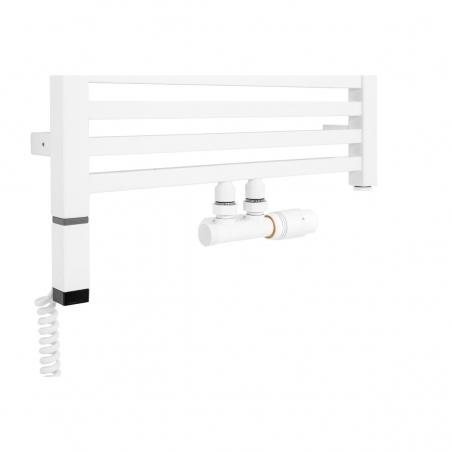 Płaski grzejnik dekoracyjny łazienkowy Essence o szerokości 50cm z podłączeniem dolnym środkowym o rozstawie 50mm wraz z zaworem zespolonym Multiflow w kolorze białym. Dodatkowo z lewej strony biała grzałka elektryczna Terma ONE z kablem spiralnym.