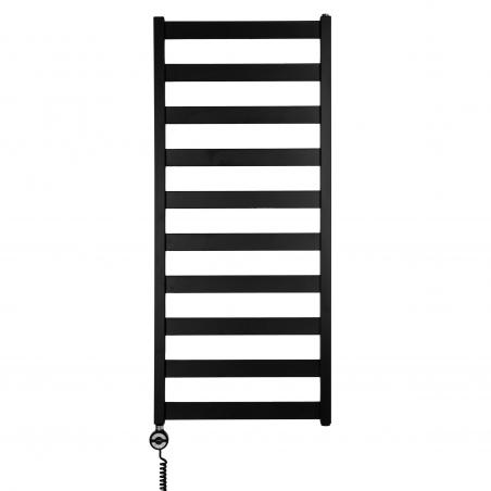 Grzejnik łazienkowy elektryczny Terma Leda o wymiarach 115x50cm w kolorze czarnym matowym. Z lewej strony zamontowana czarna grzałḱa elektryczna Moa o mocy 400W