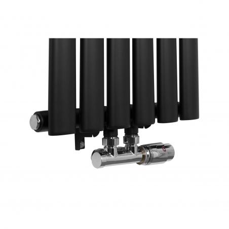 Zawór zespolony chromowany Multiflow w figurze prawej zamontowany na grzejniku dekoracyjnym Ultimate 160x36cm czarnym
