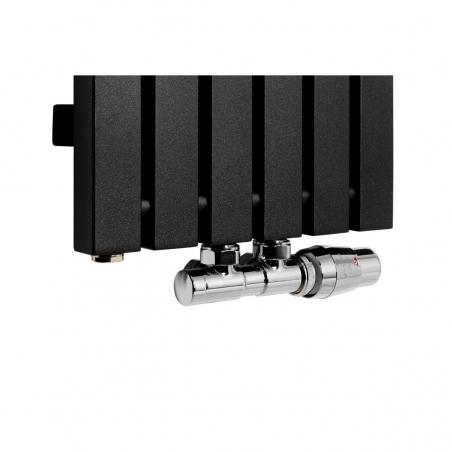 Zawór termostatyczny Twins chrom, figura kątowa prawa podłączony do grzejnika dekoracyjnego Advantage 180x29 w kolorze czarnym.