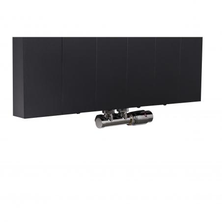 Zawór termostatyczny zespolony Multiflow chrom, figura kątowa prawa, podłączony do grzejnika dekoracyjnego SPL20 160x60 w kolorze czarnym.