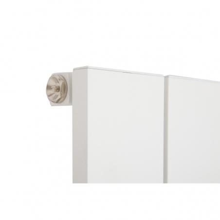 Szczegół grzejnika dekoracyjnego pionowego Drama 180x37 białego, o wymiarch 180x37.