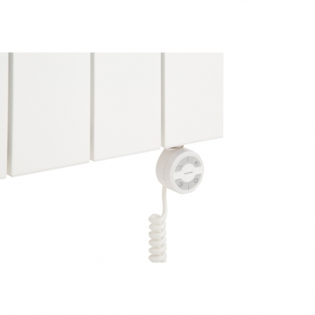 Grzałka elektryczna MOA 600W biała, podłączona do grzejnika dekoracyjnego Drama 180x37 białego.