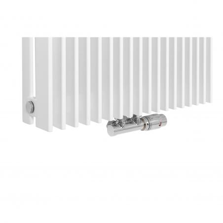 Zawór termostatyczny zespolony Multiflow chrom, w figurze kątowej prawej, dopasowany do grzejnika dekoracyjnego Samum 2, o wymiarach 180x52 białego.