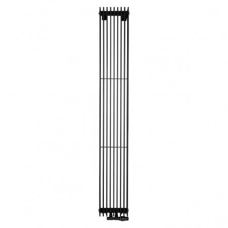 Grzejnik dekoracyjny pionowy Samum 1, o wymiarach 180x25 w kolorze czarnego matu, z dopasowanym kolorystycznie zaworem termostatycznym zespolonym Twins, w figurze kątowej prawej.