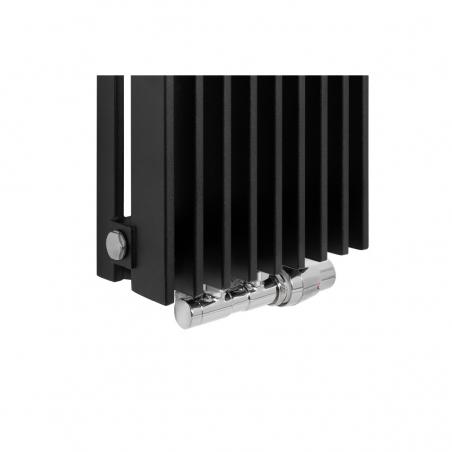 Zawór termostatyczny zespolony Twins chrom, w figurze kątowej prawej, dopasowany do grzejnika dekoracyjnego Samum 1, o wymiarach 180x25 czarnego.
