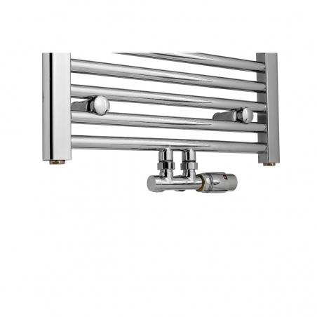 Zawór termostatyczny zespolony Multiflow chrom, w figurze kątowej prawej podłączony do grzejnika łazienkowego Constans 180x50 chrom.