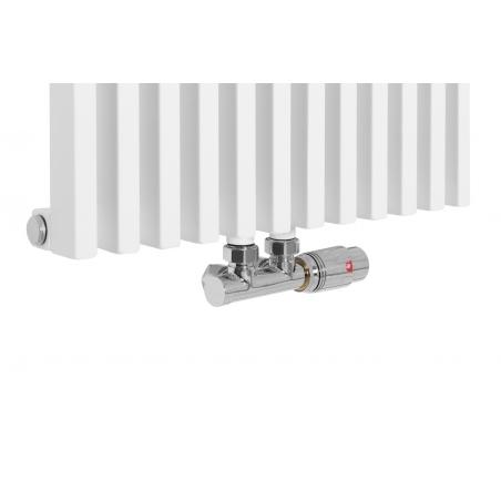Zawór termostatyczny zespolony Multiflow chrom, figura kątowa prawa podłączony do grzejnika dekoracyjnego Diva 180x46 białego.