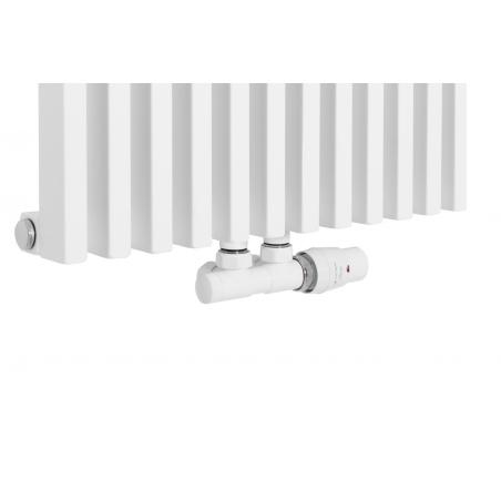 Zawór termostatyczny zespolony Twins biały, figura kątowa prawa podłączony do grzejnika dekoracyjnego Diva 180x46 białego.