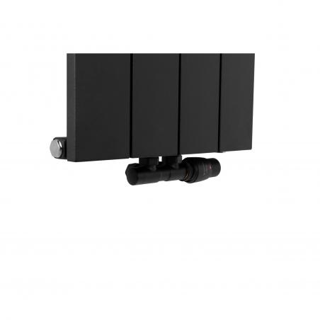 Zawór termostatyczny zespolony Twins w figurze kątowej prawej, kolor czarny, podłączony do grzejnika dekoracyjnego Drama 180x37 w kolorze czarnym.